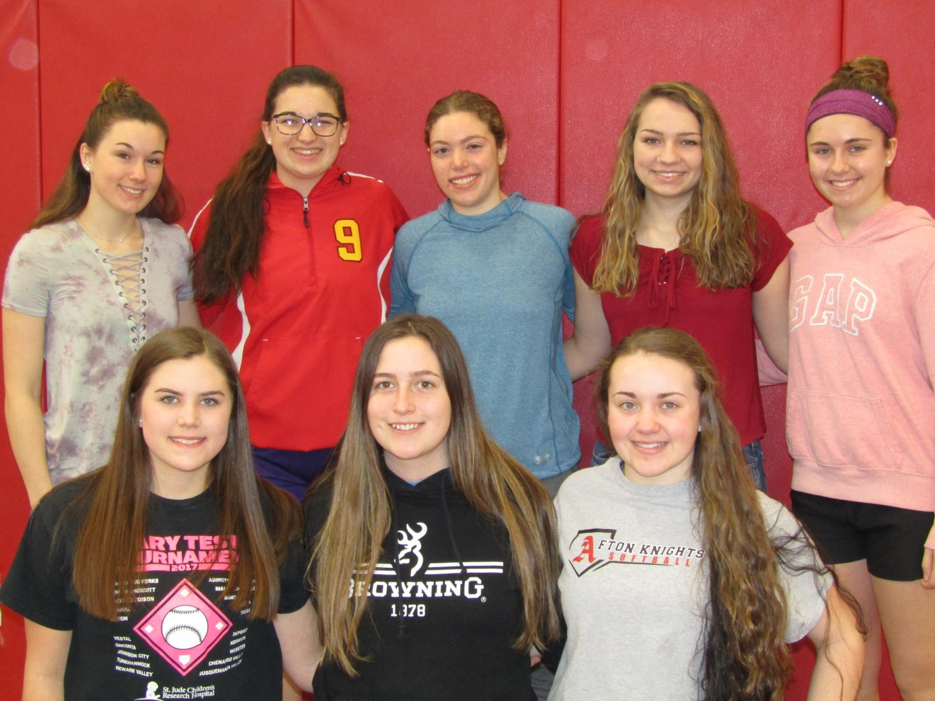 Image of Girls Basketball scholar athlete team.