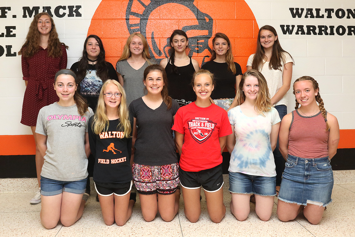 Girls track scholar athletes