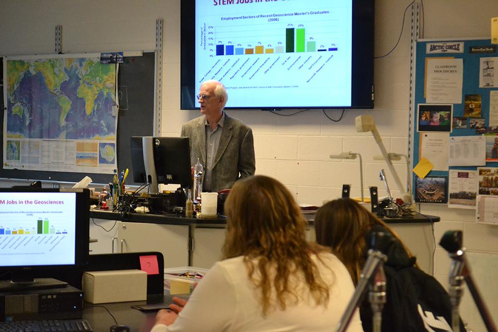 Speaker in earth science classes