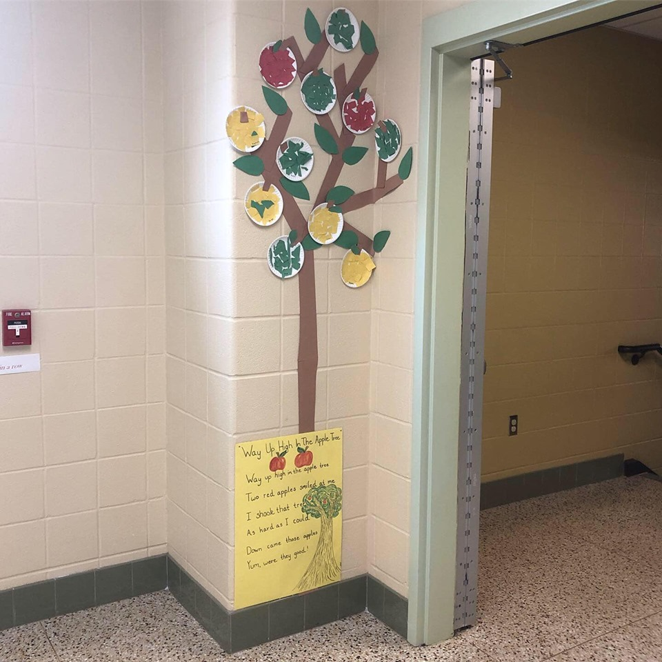 arts and craft apple tree and poem