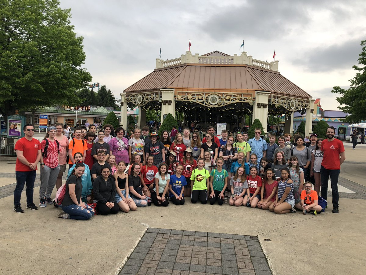 students and staff at dorney park
