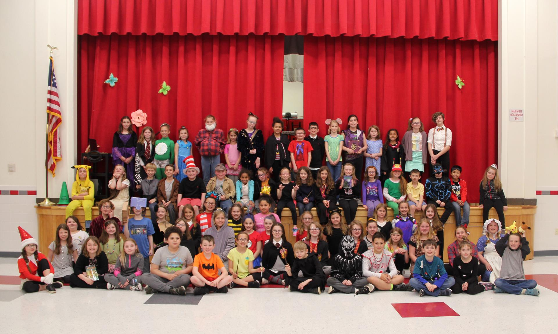 chenango bridge elementary students dressed like book characters