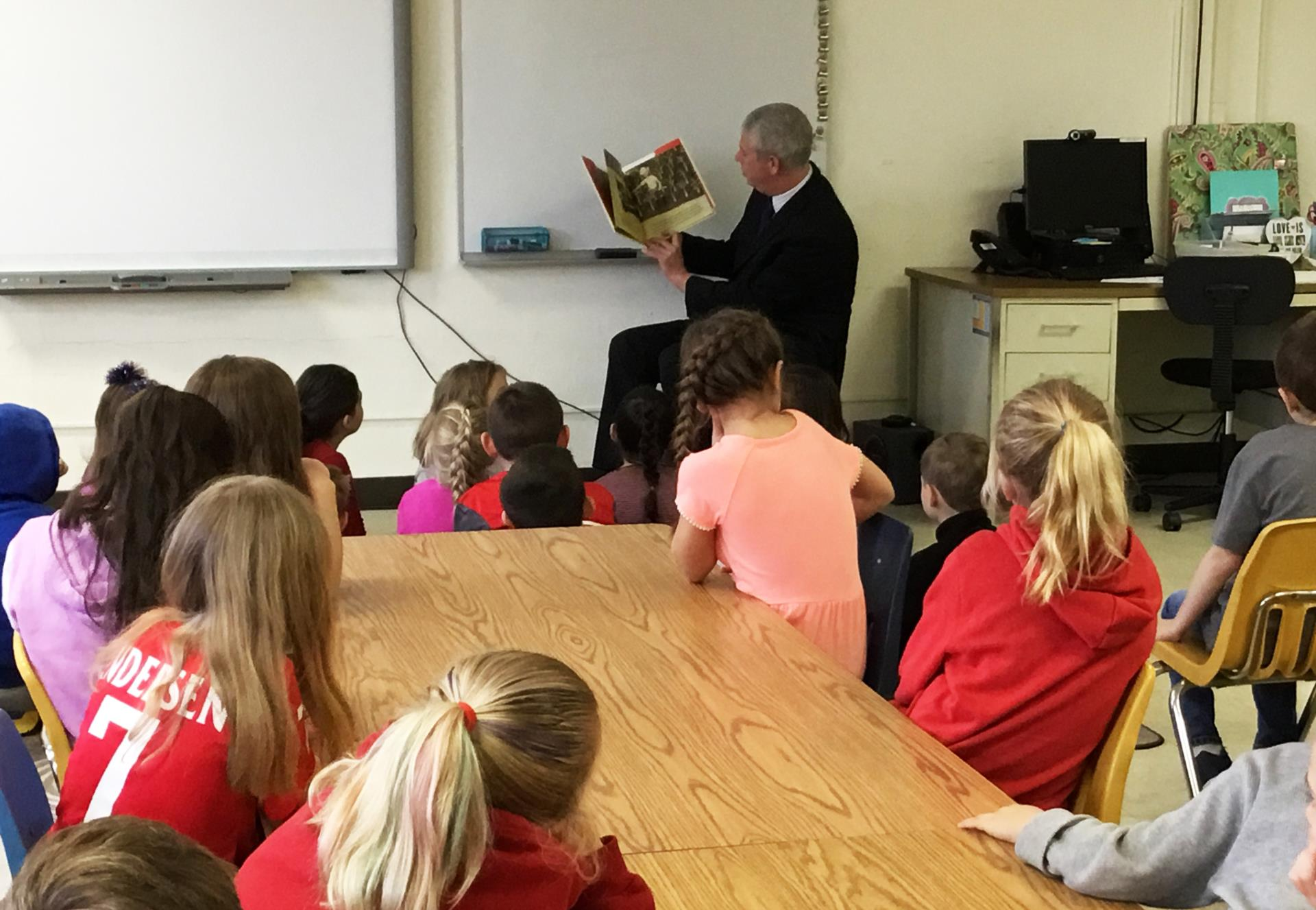 county executive reading to students