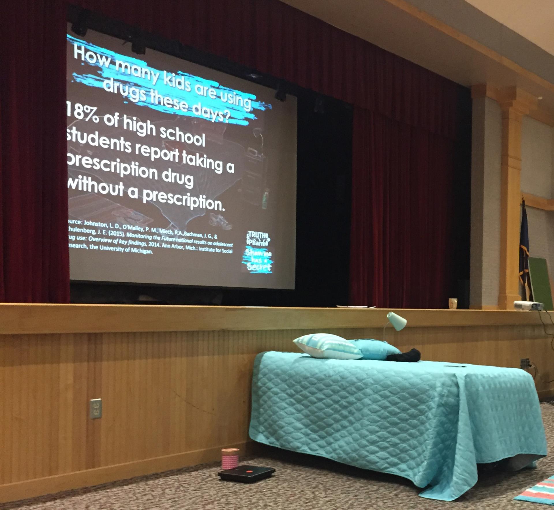 bed at presentation