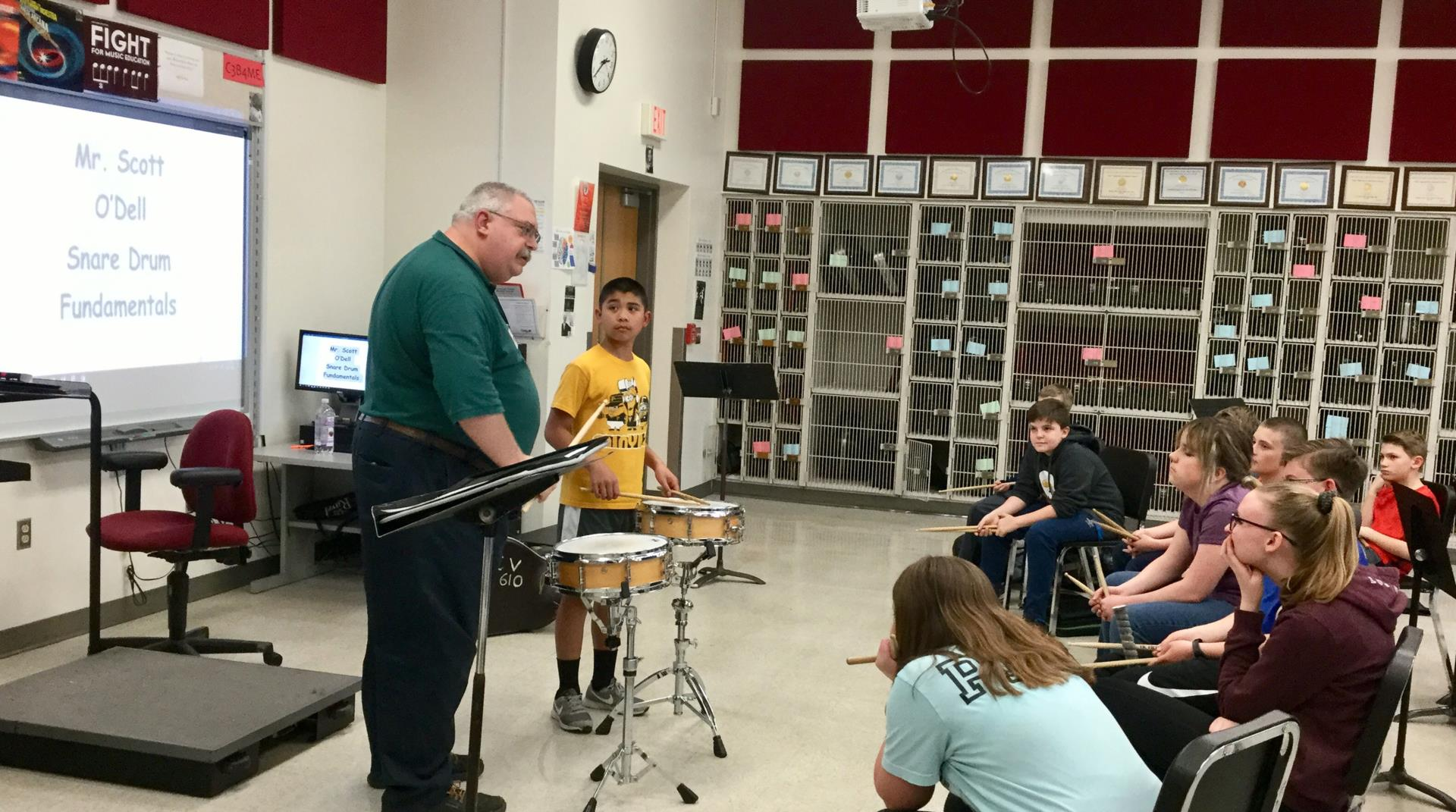 masterclass instructor working with students
