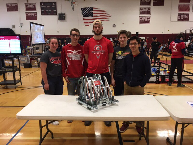 students at vex competition