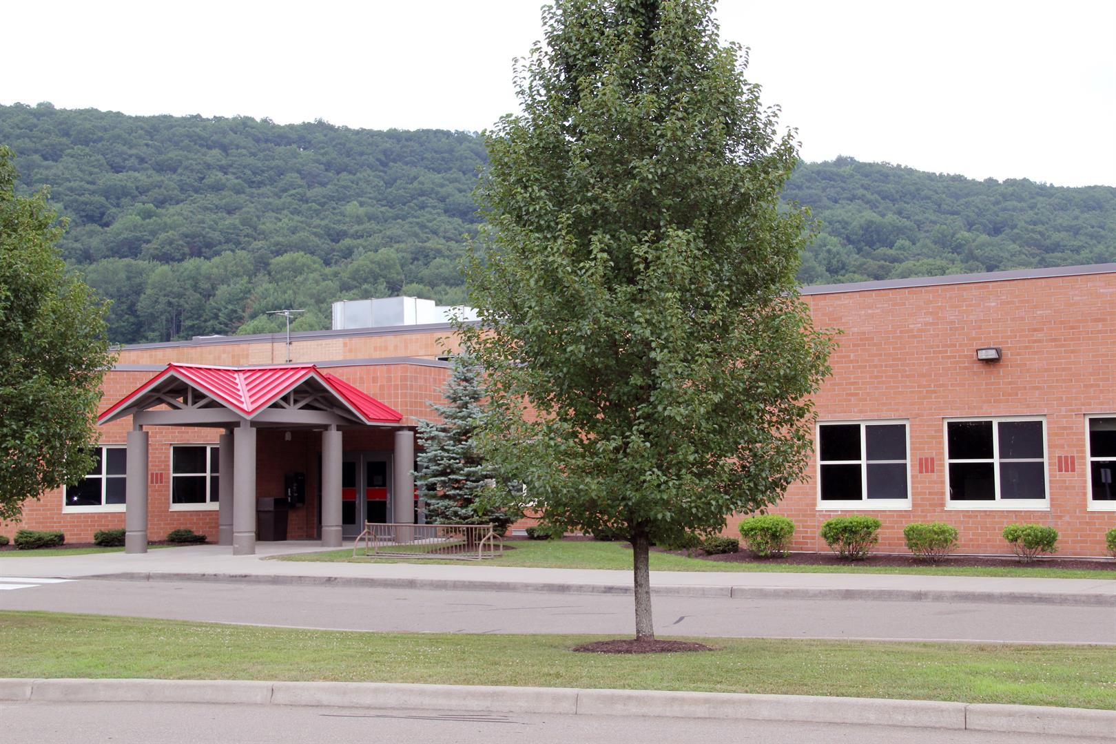 chenango valley middle school building
