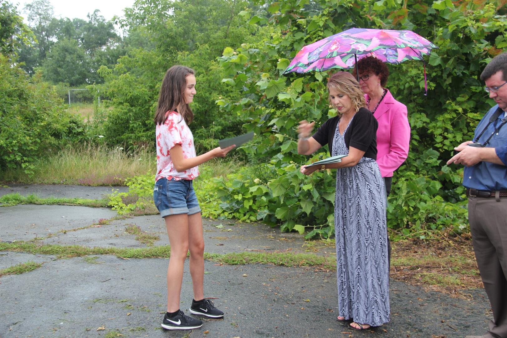 student receives letter of recognition from cindy o brien