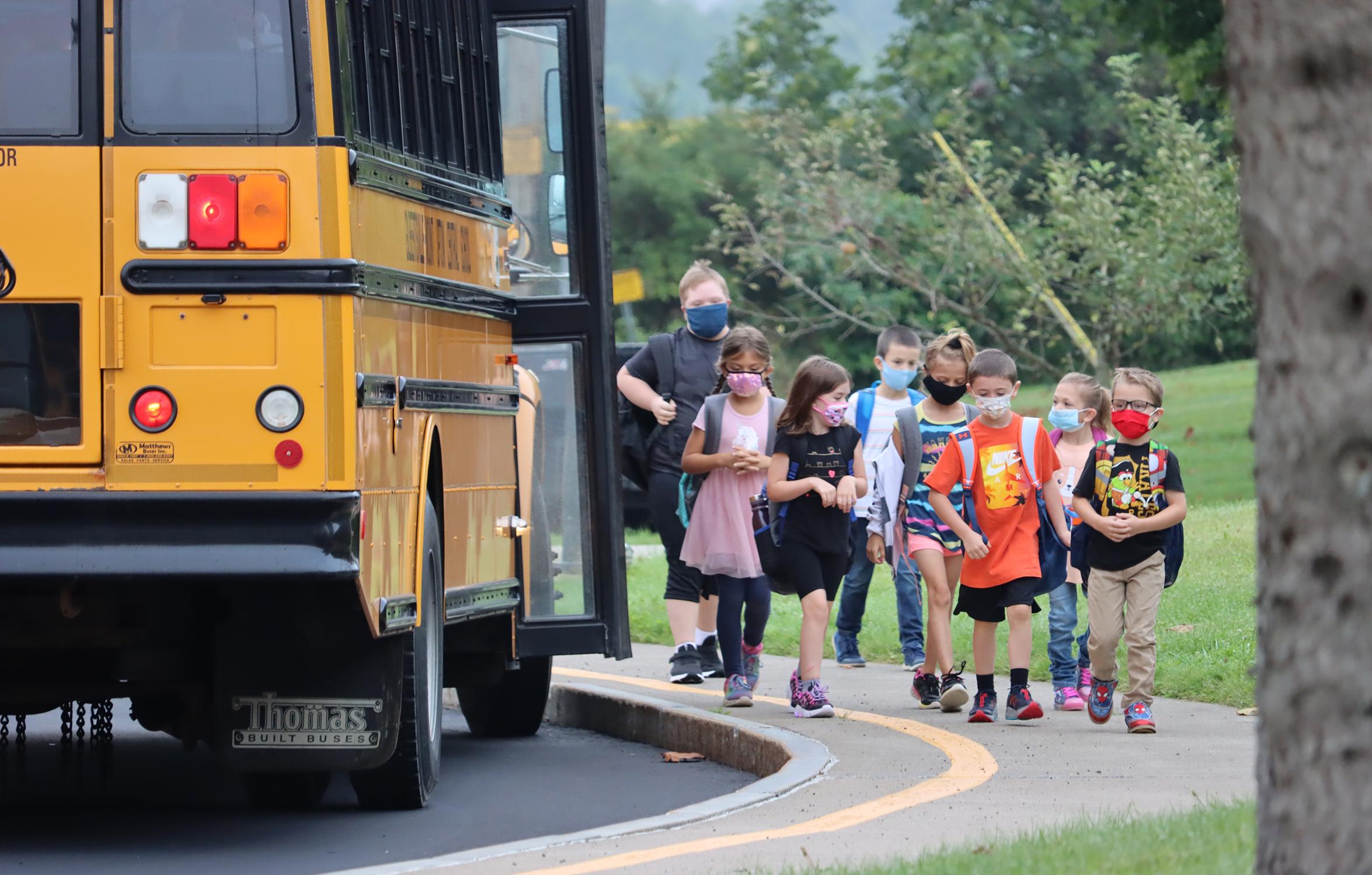 Kids walking to school (9/2021)