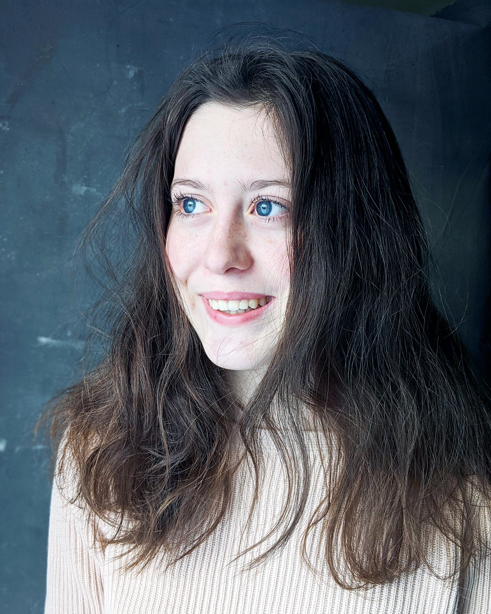 Maya Farwell (4/2021)